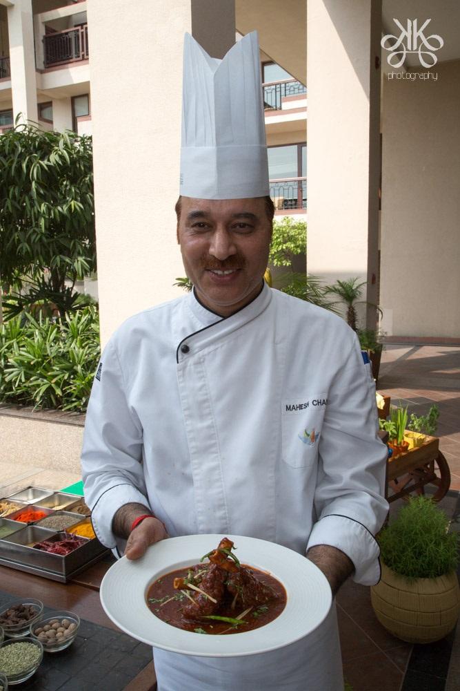 Chef Mahesh Bhati with Nalli Roghan Josh