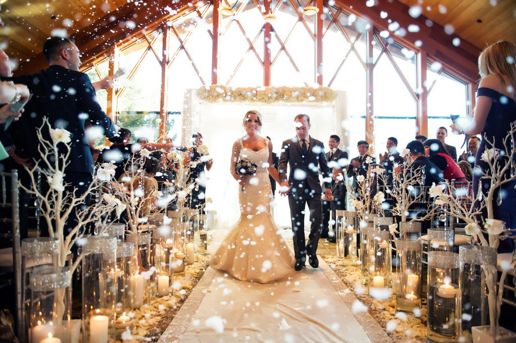Organise a Winter Wedding